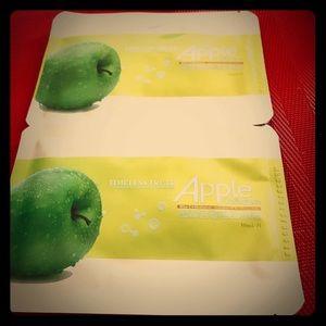 Apple collagen mask💆🏻